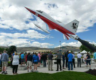 Tourism for jet sculpture